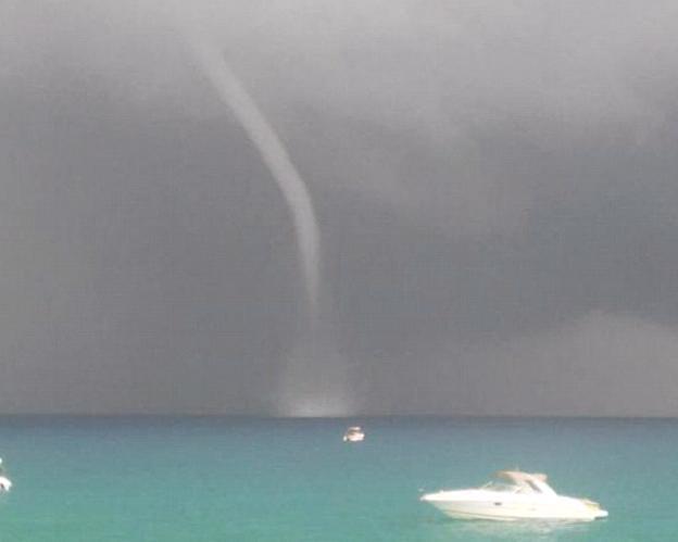 Торнадо на острове Ибица 01 сентября 2015