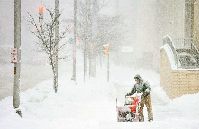 Снегопад в США 14 января 2016