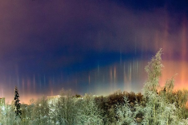 Световые столбы над Россией 13 января 2016
