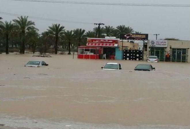 Наводнение в Омане  08 марта 2016