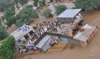 Наводнение в Индии  21 августа 2015