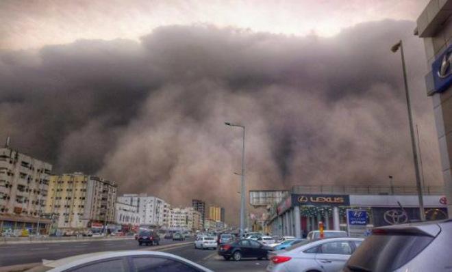Песчаная буря в Саудовской Аравии 08 сентября 2015