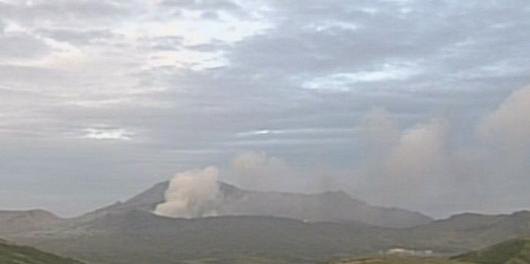 Извержение вулкана в Японии 08 октября 2015