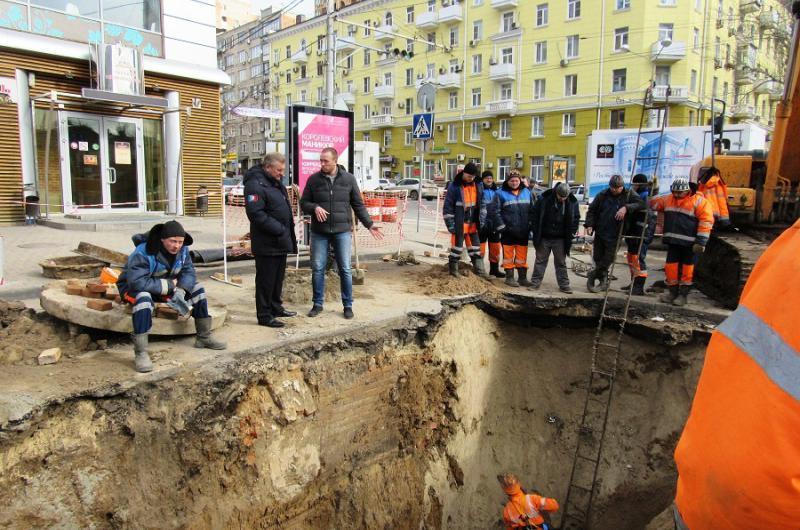 Провал грунта в России 01 марта 2016