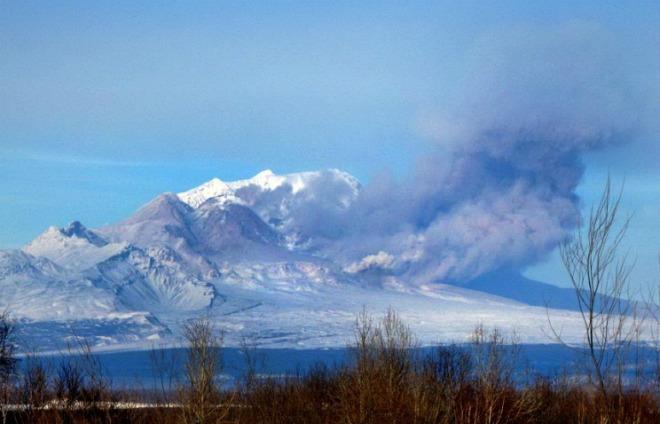 Извержение вулкана на Камчатке 16 декабря 2015