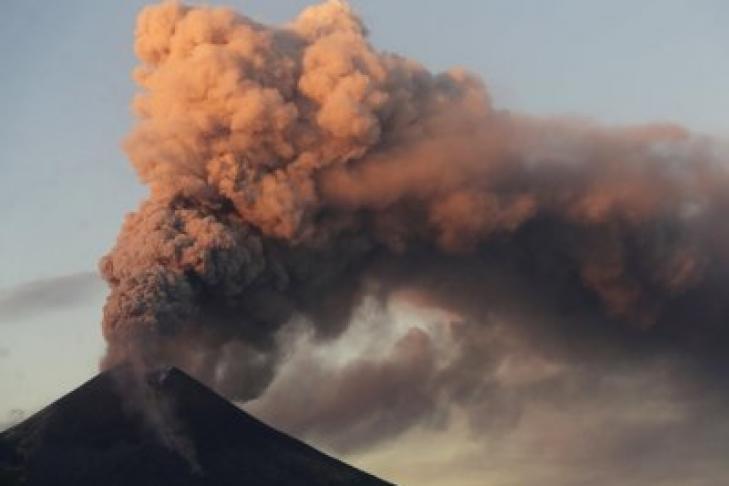 Взаимосвязь таяния льдов, эрозии горных пород и увеличение роста активности вулканов