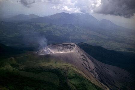 Новый взрыв вулкана Телика (Никарагуа)