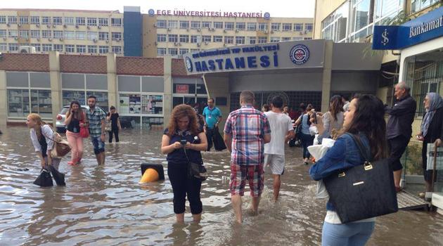 Масштабное наводнение в Измире (Турция), 20 мая 2015