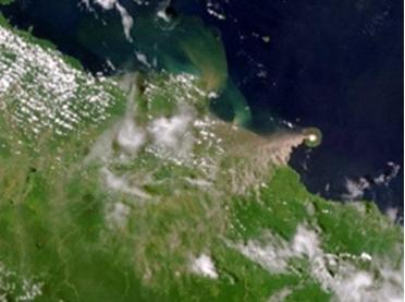Извержение вулкана в Папуа-Новая Гвинея 31 июля 2015