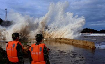 Тайфун «Чан-Хом» достиг берегов Китая 11 июля 2014
