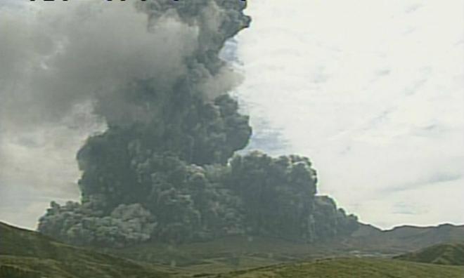 Извержение вулкана в Японии 14 сентября 2015