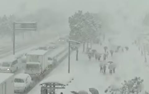 Снегопады в Японии 18 января 2016