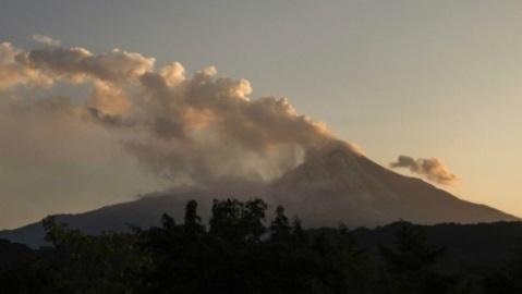 Извержение вулкана в Мексике 16 января 2016