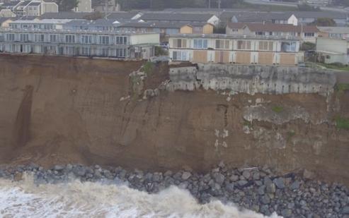 Сильные волны у берегов Чили 28 января 2016