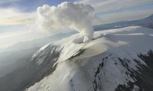 Активность вулкана Невадо-дель-Руис (Колумбия)