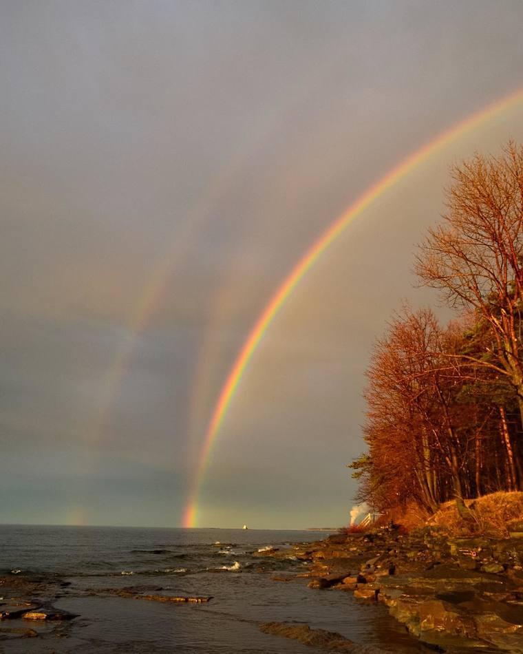 Тройная радуга в США 13 марта 2016