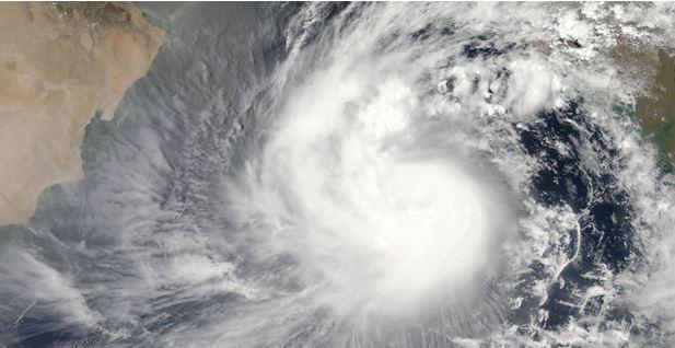 Тропический шторм в Аравийском море 7 июня 2015