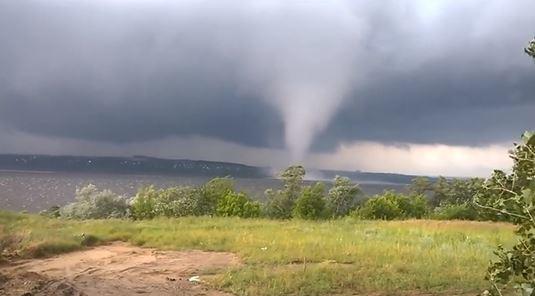 Торнадо в Днепропетровске 26 июня 2015