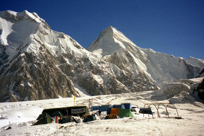 Сход лавины в Киргизии 12 декабря 2015