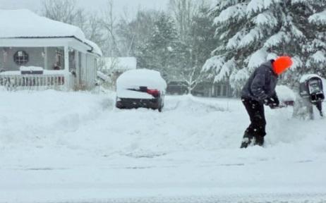 Снегопад в США 18 декабря 2015