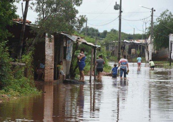 Наводнение в Парагвае 16 декабря 2015